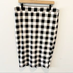 Torrid Buffalo Plaid Knee Length Stretchy Skirt